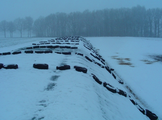 SILAGE_WALL